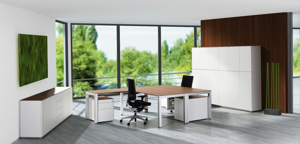 Office and more kantoorinrichting-Almere, meubilair, bureaustoelen, stoffering, zonwering, ergonomie.