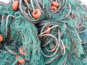 fishing-nets-101992_1280